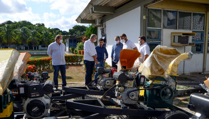 Prefeitura de Limoeiro articula ações para fortalecer o setor da Agricultura