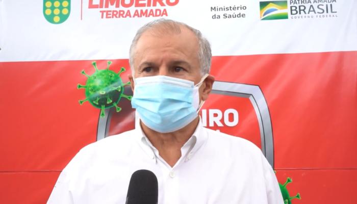 Prefeito confirma mais uma etapa de vacinação em Limoeiro: 65 a 69 anos