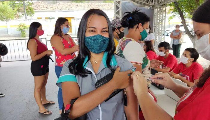Limoeiro realiza mais uma etapa de antecipação e reforço da vacina contra Covid-19
