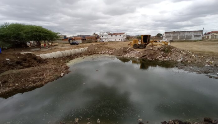 Gestão municipal acompanha início das obras da Academia da Saúde do Morada Nova