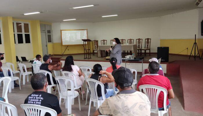 Em parceria com a COORPAR, Prefeitura de Limoeiro promove capacitação para catadores de resíduos sólidos na Facal